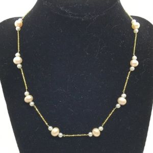 Jewelry - 14k Gold White and Pink/Peach Pearls Necklace